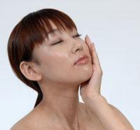 小顔矯正と美容鍼灸の合わせ技でW効果